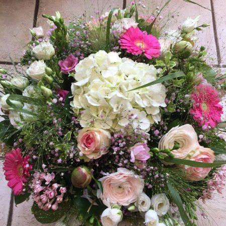 votre artisan fleuriste vous propose le bouquet : Bouquet Amelie