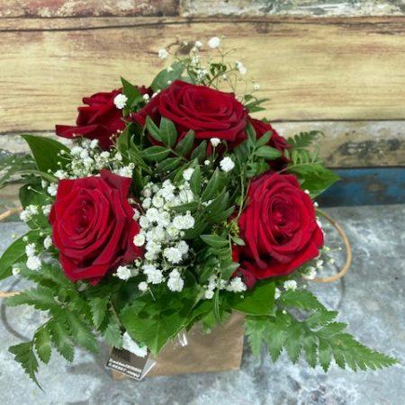 votre artisan fleuriste vous propose le bouquet : jean