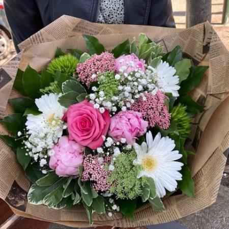votre artisan fleuriste vous propose le bouquet : bouquet pivoines