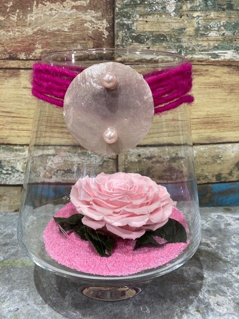 rose rose stabilisée en verrerie