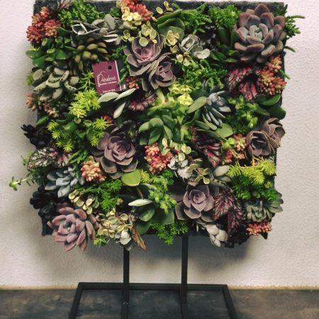 votre artisan fleuriste vous propose le bouquet : Tableau vivant