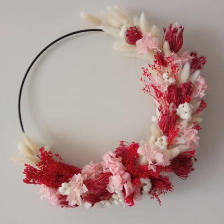 votre artisan fleuriste vous propose le bouquet : Couronne en fleurs séchés